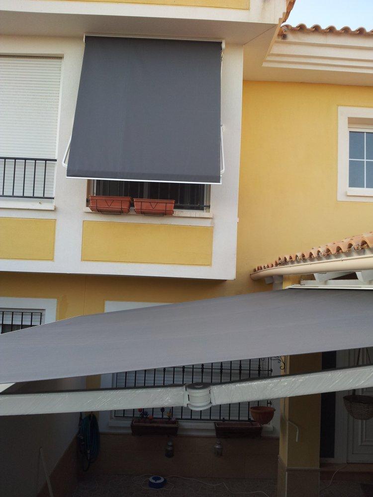 Vista exterior for Tensor lona piscina