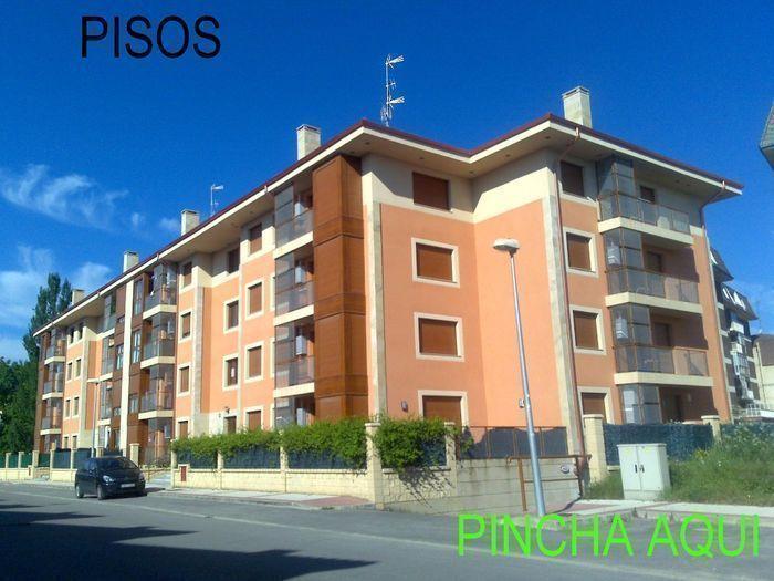 Inmobiliaria en medina del pomar inmobiliaria inmart for Garajes chalets